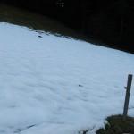 am Schatten immer noch Schnee